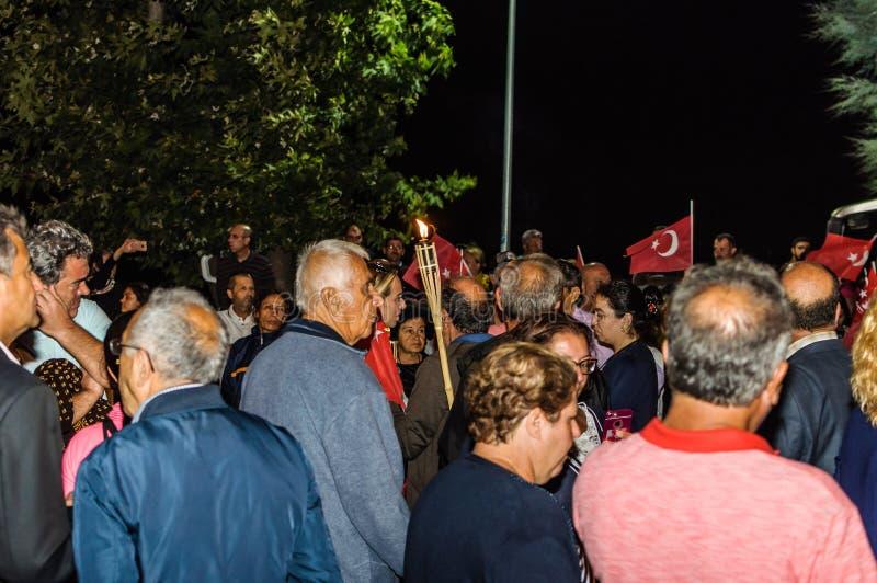 trentesimo August Turkish Victory Day Parade alla notte fotografia stock