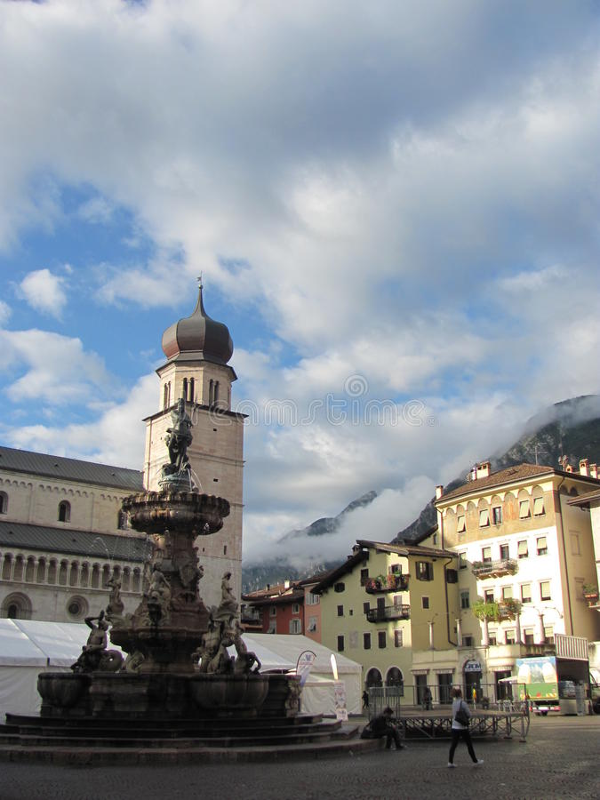 Trento, Stadsvierkant, Italië stock fotografie