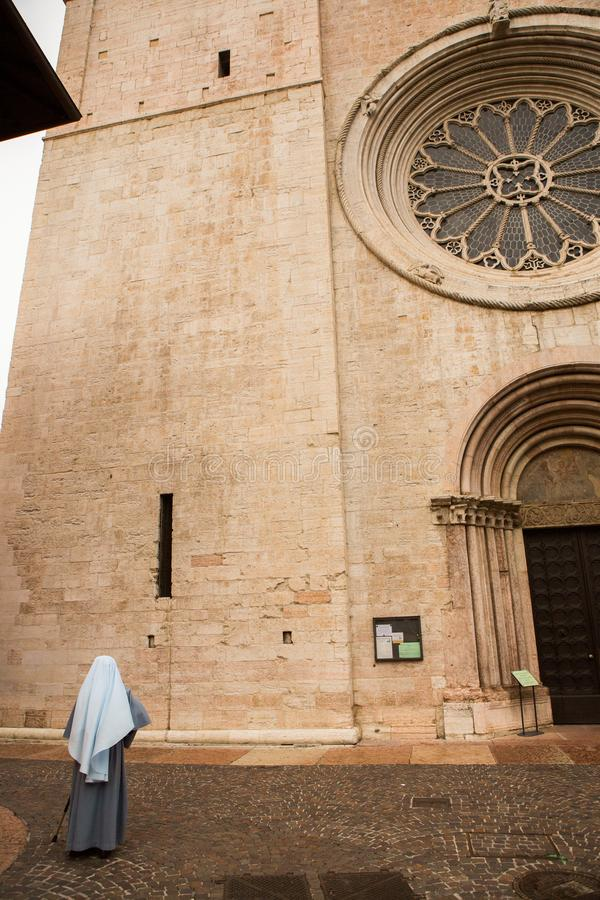 TRENTO, W?OCHY MAJ 04, 2019: historyczny centrum miasta Trento obraz royalty free