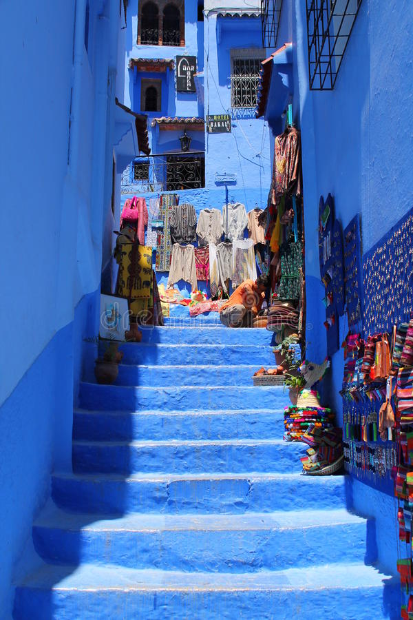 Treppe in Chefchaouen stockfotografie