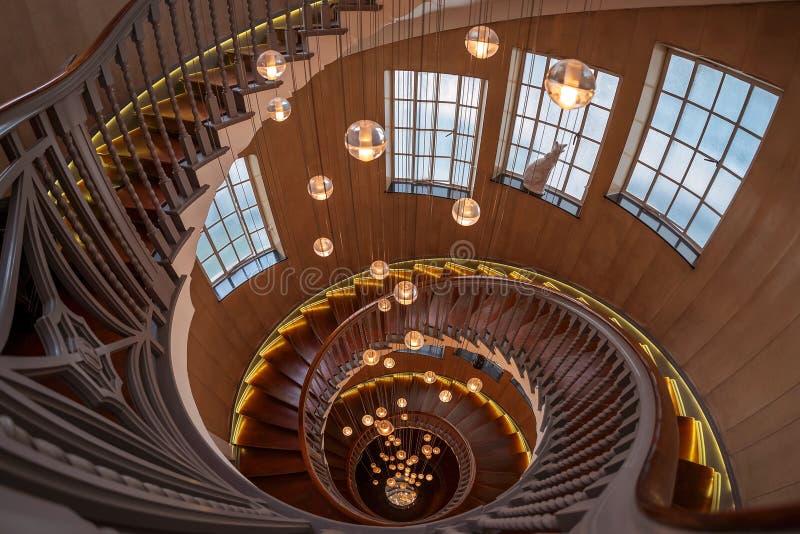Treppe des Kaufhauses für Heal und Sohn lizenzfreies stockfoto