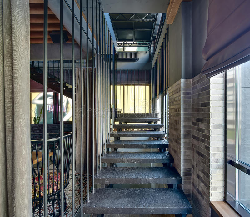 Treppe im Restaurant lizenzfreies stockfoto