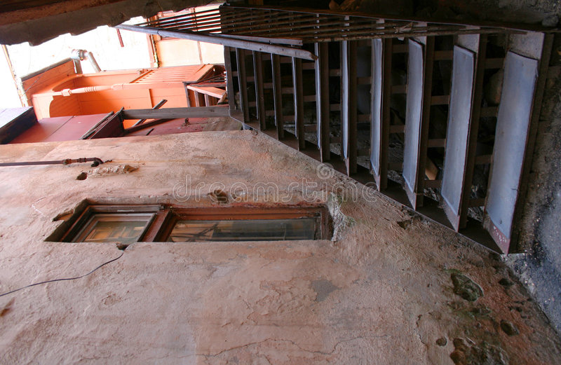 Treppen der alten Stadt stockfotos