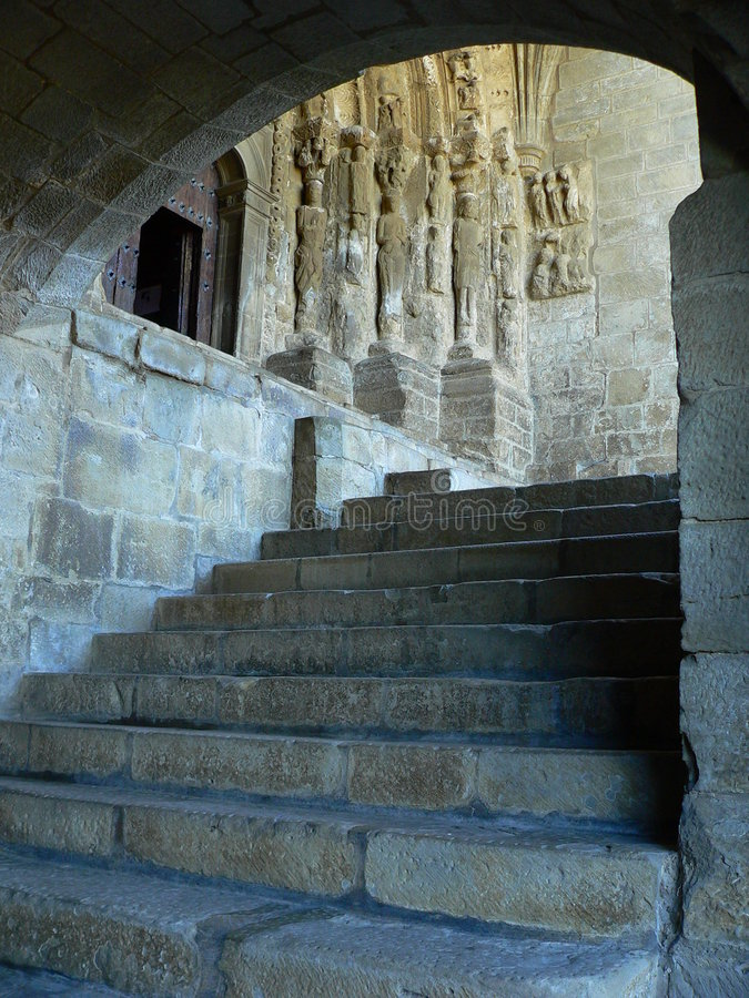 Treppen der Kirche, PAS (Spanien) lizenzfreie stockfotografie