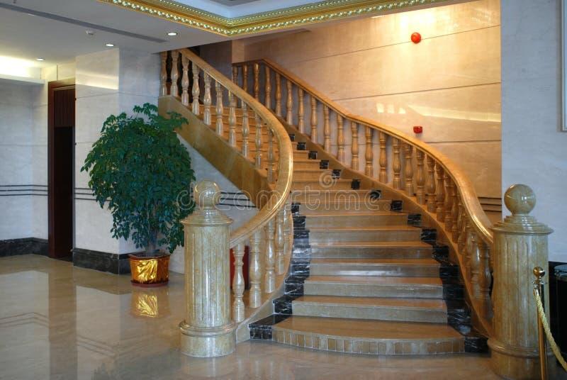 Treppen im Hotel stockfotos