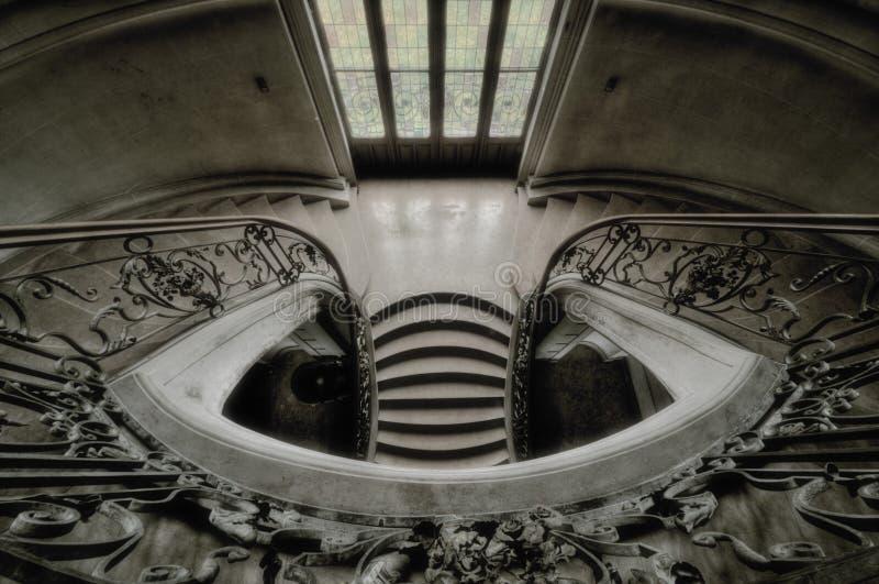 Treppenhaus in einem Schloss stockfoto