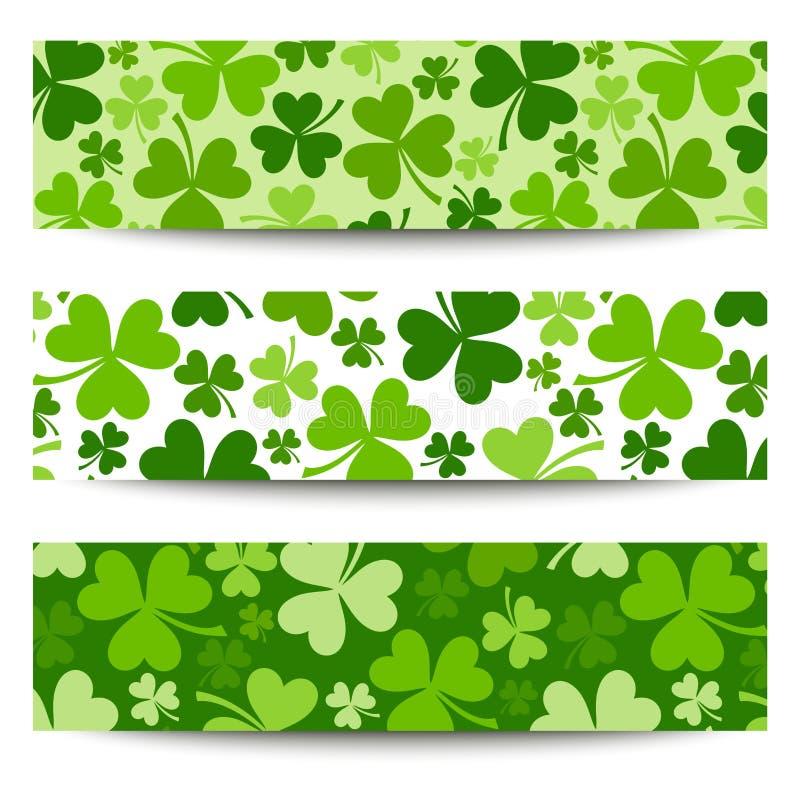 Tres banderas del día de St Patrick con el trébol. stock de ilustración