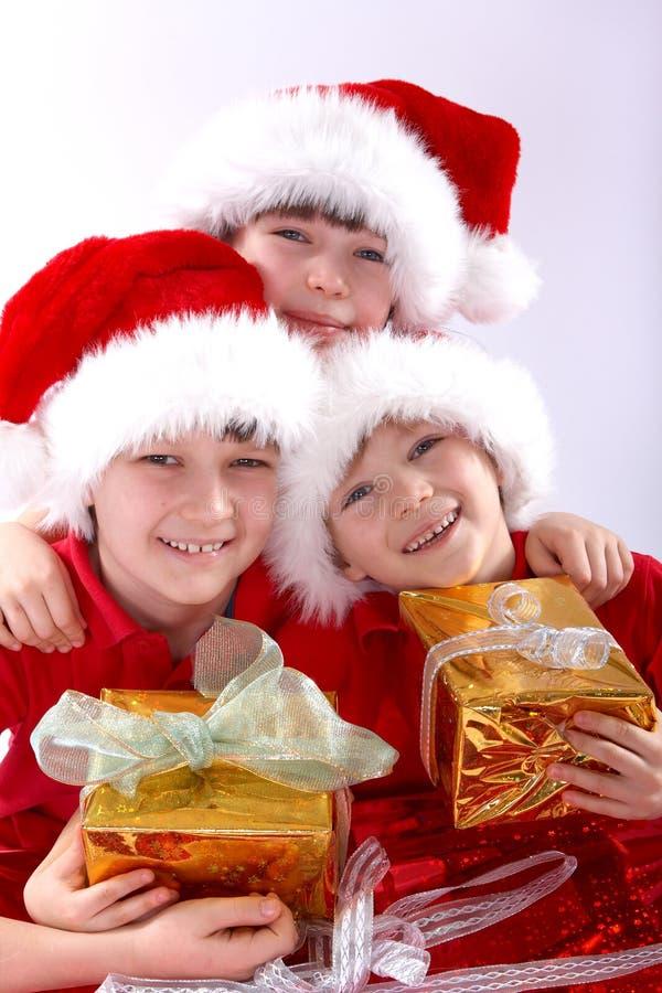 Tres cabritos de santa con los regalos   imágenes de archivo libres de regalías