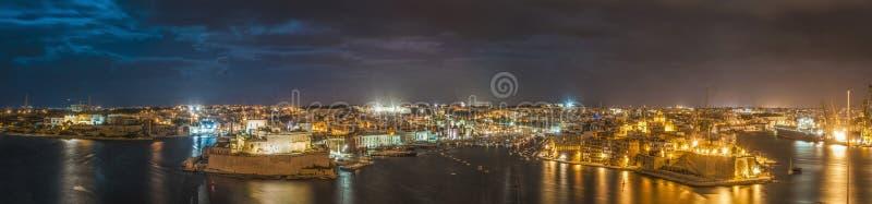 Tres ciudades según lo visto de La Valeta, Malta imágenes de archivo libres de regalías