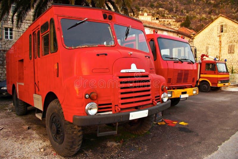 Tres coches de bomberos retros fotografía de archivo