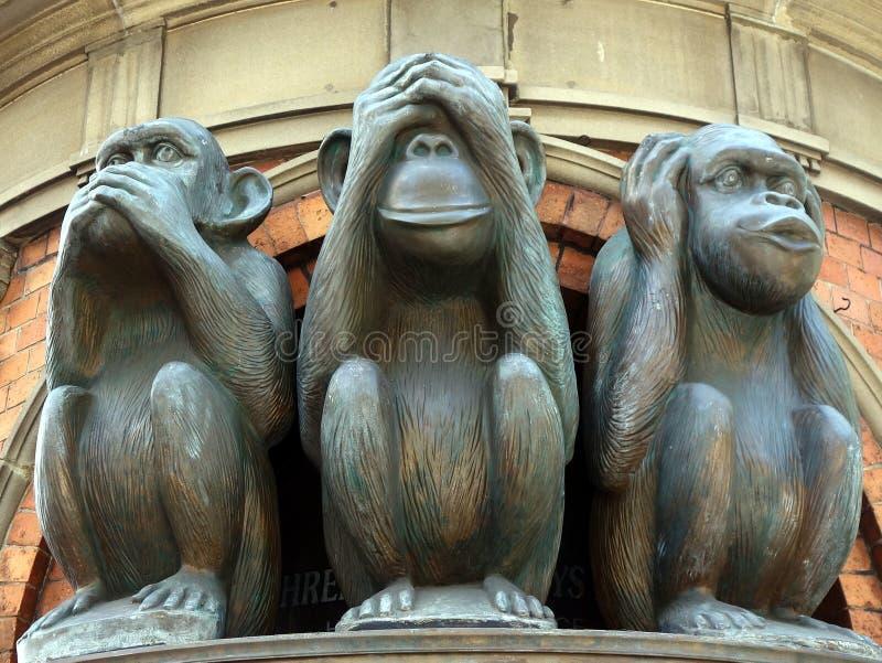 Tres estatuas sabias del mono foto de archivo