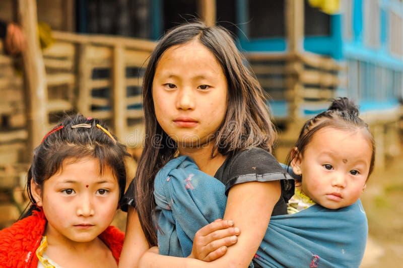 Tres hermanas en Arunachal Pradesh fotos de archivo libres de regalías