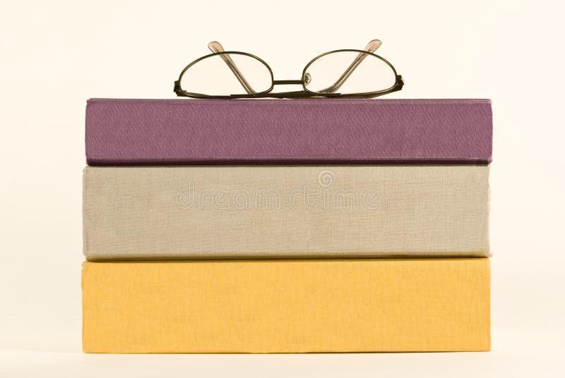 Tres libros con las espinas dorsales en blanco foto de archivo libre de regalías