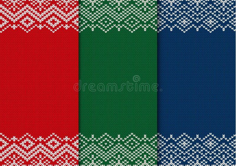 Tres ornamentos hechos punto inconsútiles de la Navidad Fondo geométrico del rojo, verde y azul stock de ilustración