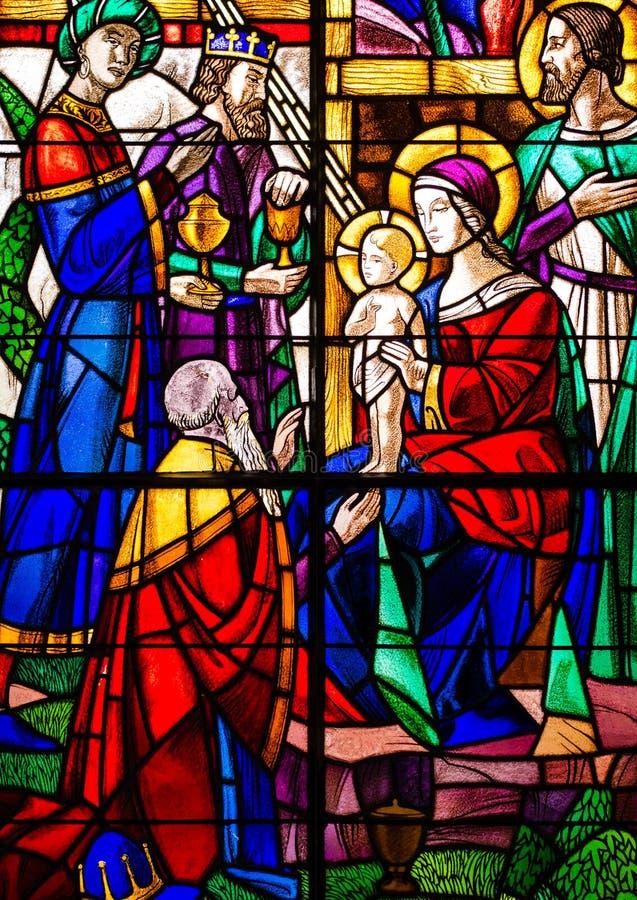 Tres reyes Visit Jesus Stained Glass imagen de archivo libre de regalías