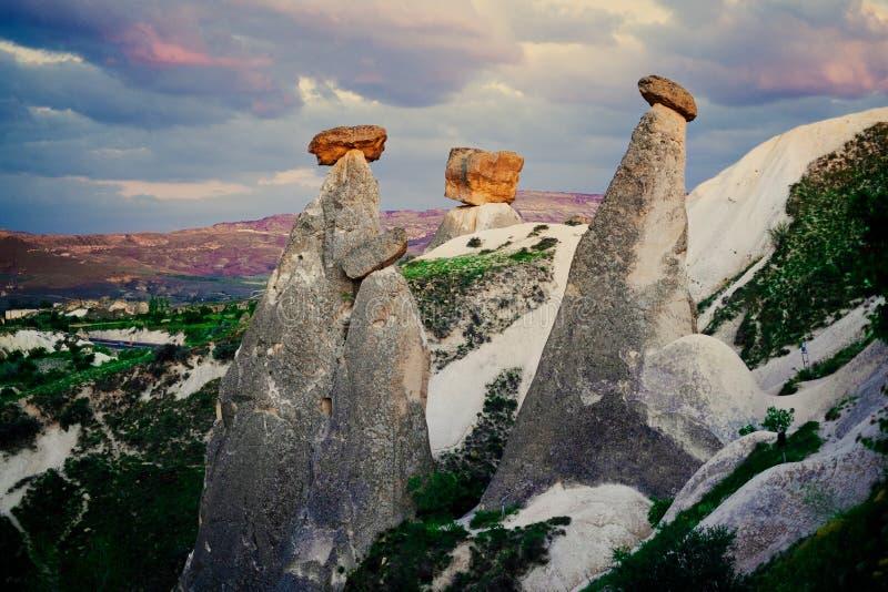 Tres tolerancias tres Beautifuls Cappadocia, Urgup imágenes de archivo libres de regalías