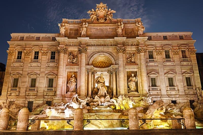 Trevi fontanna w zmierzchu, Rzym obraz stock