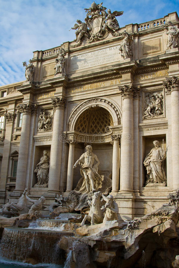 Download Trevi Fountain Stock Photo - Image: 37877040