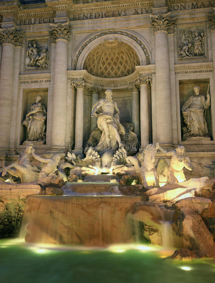 Free Trevi Fountain, Rome Stock Photography - 15474452