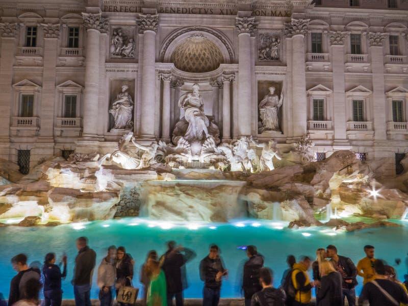 Trevi 's nachts fontein