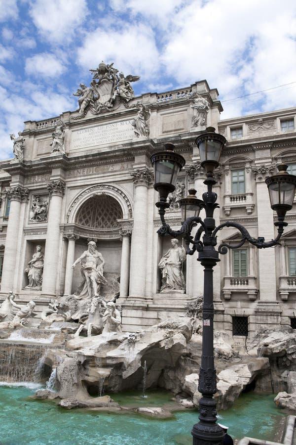 Trevi-springbrunn i Rome - Italien Fontana di Trevi arkivbilder