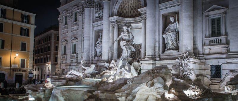Trevi-springbrunnen arkivbild