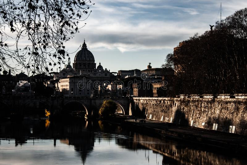 Trevlig bild av Rome på solnedgången arkivfoton