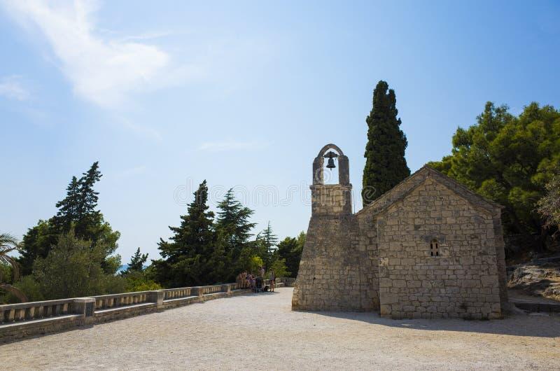 Trevlig det fria av den populära turist- staden av splittring i Dalmatia Kroatien royaltyfria bilder