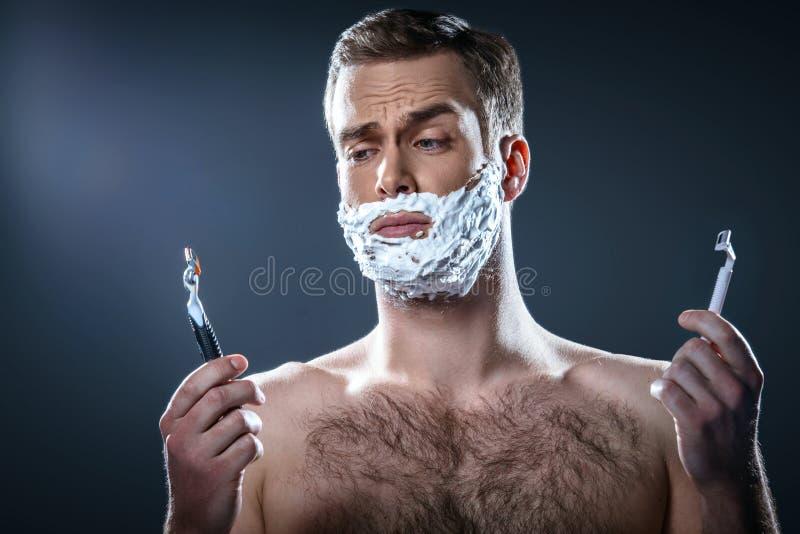 Trevligt begrepp för manlig skönhet fotografering för bildbyråer