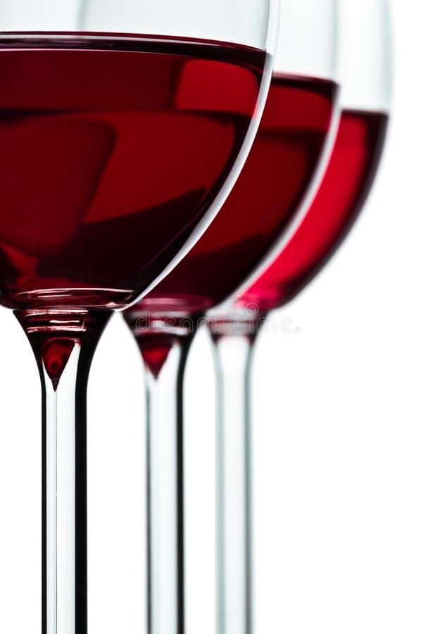 Trhee Glas mit Rotwein lizenzfreies stockfoto