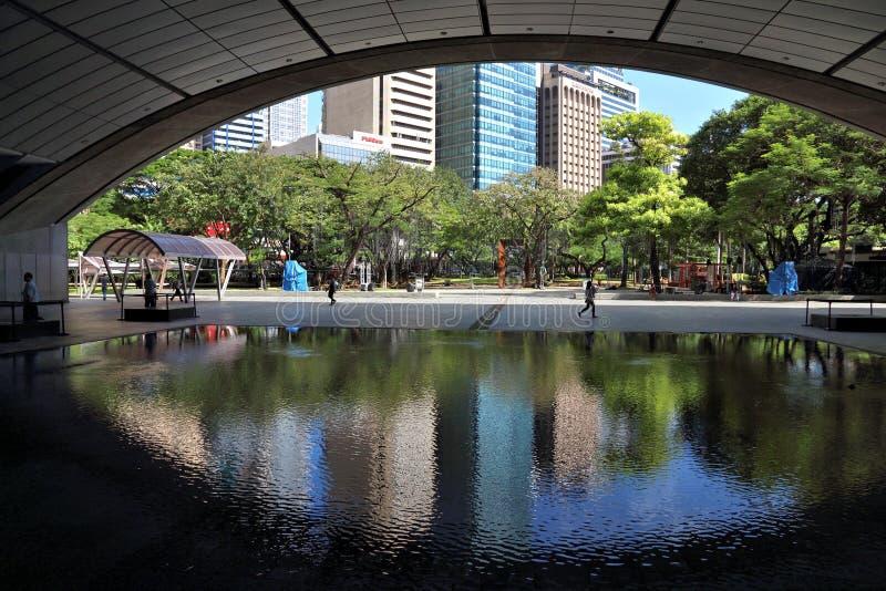 Triángulo de Ayala, Manila imagen de archivo