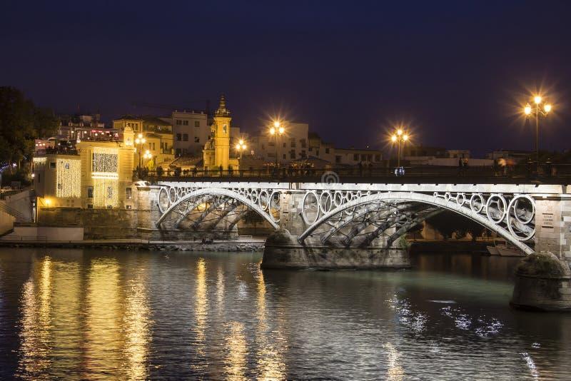 Triana Brücke, Sevilla, Spanien stockbilder