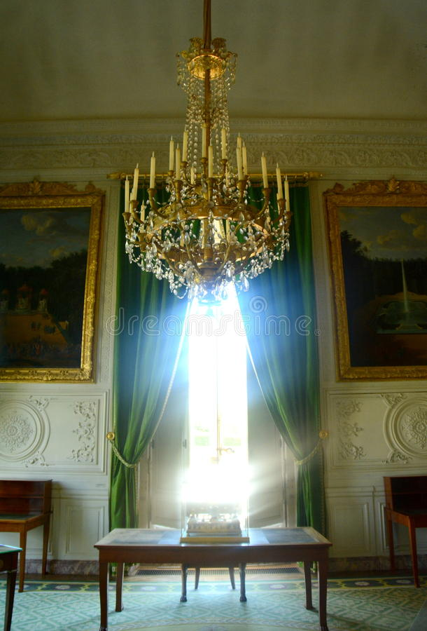 Trianon fönstersikt, Versailles arkivfoto