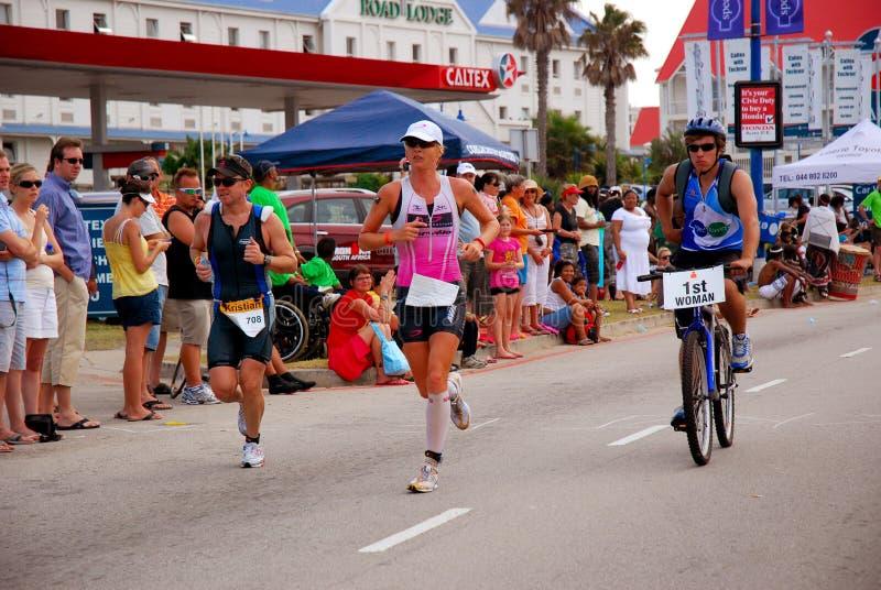 Triathlete fêmea de Ironman imagem de stock royalty free