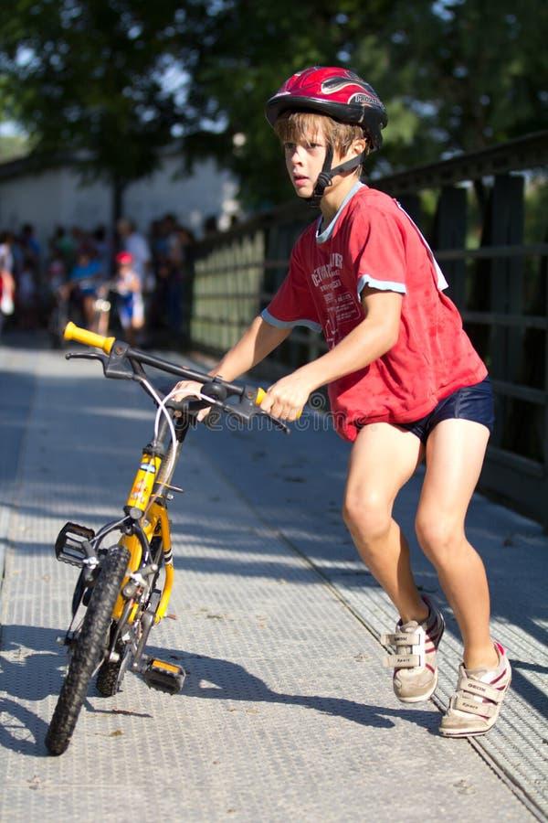 Triathlete muito novo fotos de stock royalty free