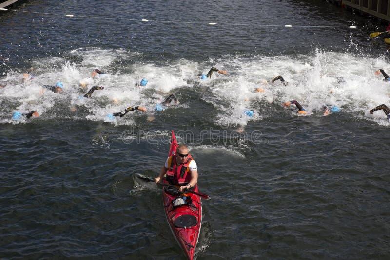 triathlon stockfotos