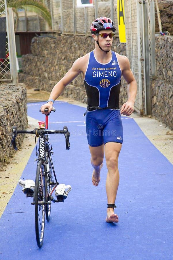 Triathlon Barcelone - faisant un cycle photographie stock libre de droits