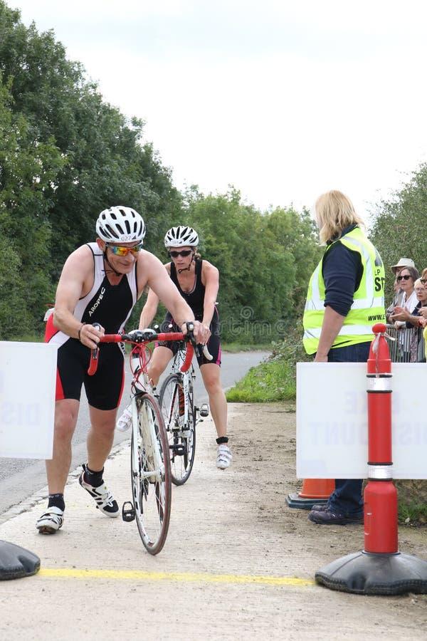 Triathlon de recyclage de sport photos stock