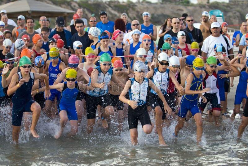 Triathlon de Telavive - miúdos fotografia de stock royalty free
