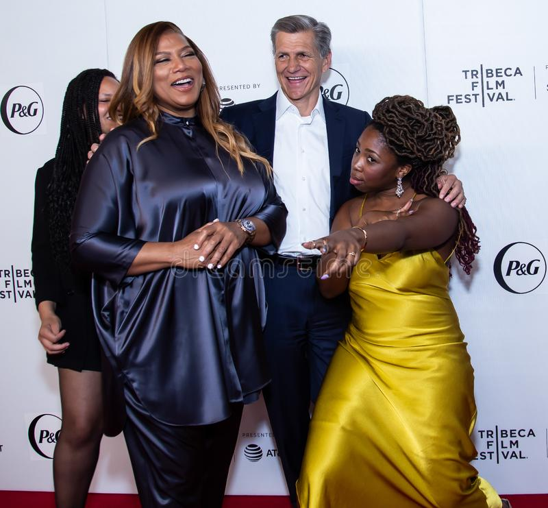 Tribeca filmfestival - r?d matta f?r premi?ren av drottningkollektivet royaltyfria foton