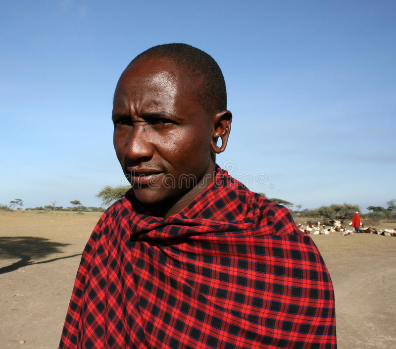 Tribo da saliência do masai do homem de África, Tanzânia fotografia de stock