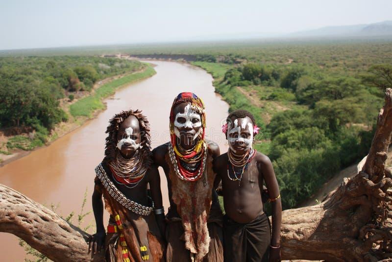 tribu de l'Ethiopie Karo image libre de droits