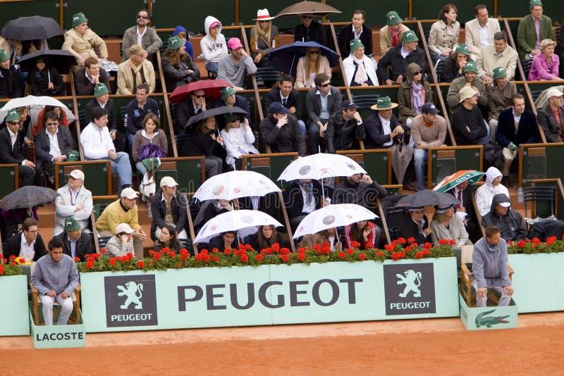 A tribuna na chuva no francês abre, Roland Garros imagens de stock royalty free