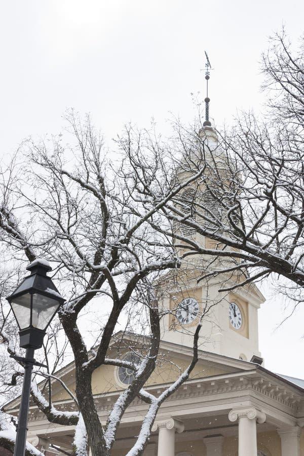 Tribunal histórico en la ciudad vieja Warrenton en invierno, Warrenton Virginia fotos de archivo