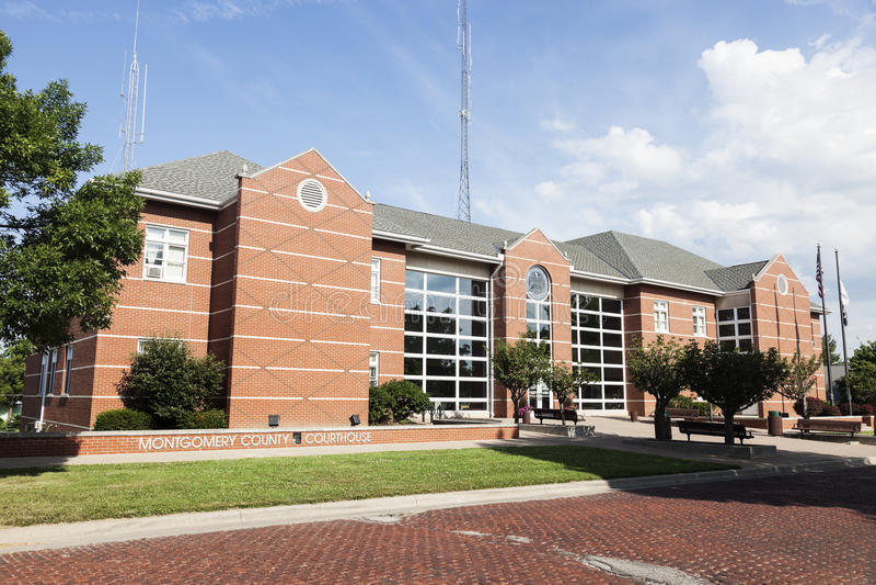 Tribunal novo em Hillsboro, Montgomery County imagem de stock royalty free