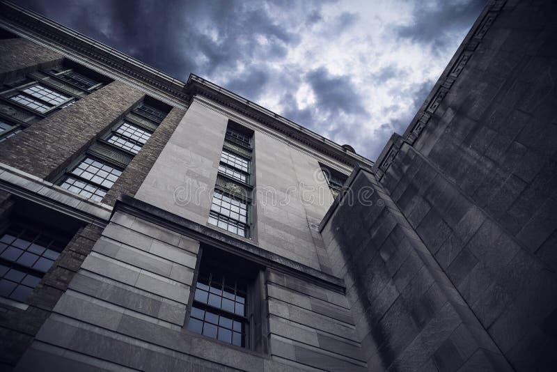 Tribunal ou construção do governo imagens de stock royalty free