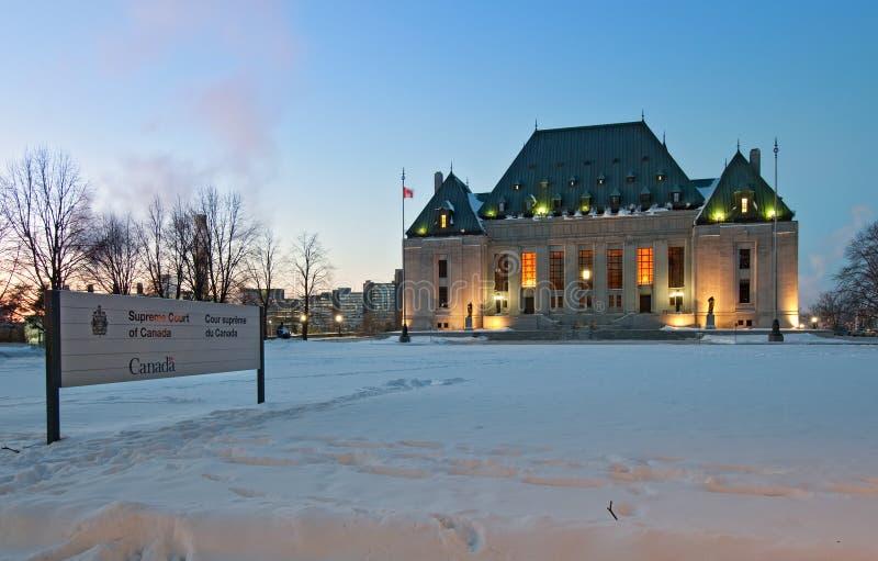 Tribunal Supremo de Canadá en invierno foto de archivo