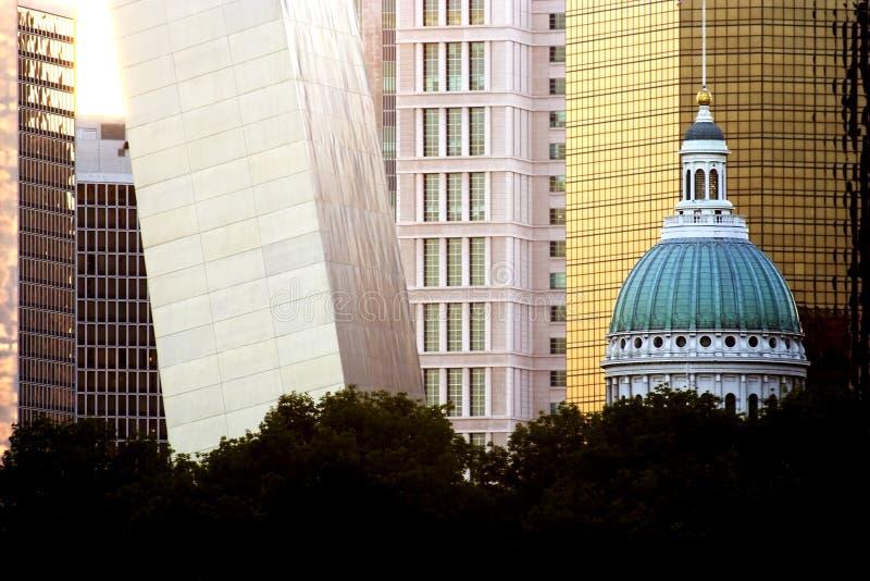 Tribunale ed arco di St. Louis fotografia stock