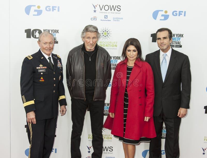 Tribune omhoog voor Helden royalty-vrije stock fotografie