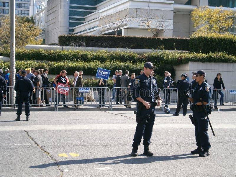 Tribune SFPD in straat tijdens Protest stock foto